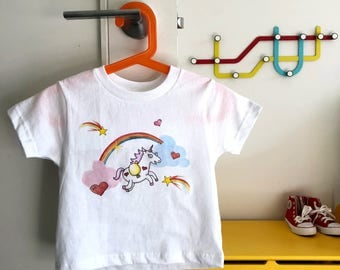 Kids Unicorn Rainbow T-Shirt!   Adorable kids clothing sizes Toddler - Youth
