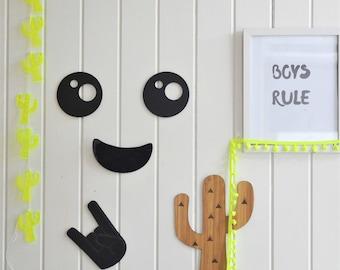 Smiley wall pal / wall decor / kids room / boys / girls