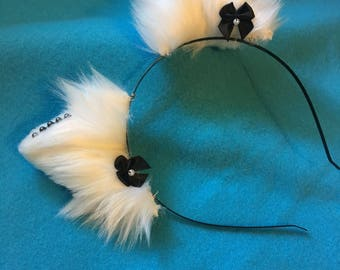 PREMADE: White Purrilla Ears w/ black bows and onyx pearls