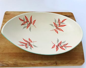 Vintage Sylvac Leaf Dish