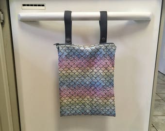 Wetbag (wet bag) for lady cloth or kitchen unpaper towels