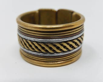 Two-color copper ring