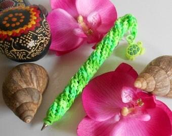 Rainbow loom Turtle Island pen