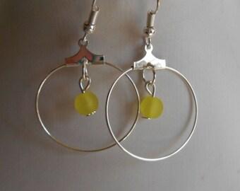 Mini hoop with beaded yellow heart