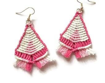 Macrame earrings - Triangle earrings - Fringe Earrings -Tribal Jewelry, Macrame jewelry, Festival earrings, Tribal Earrings, Hippie earrings