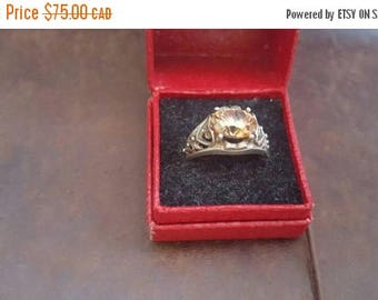 ON SALE Vintage Sterling Silver and Citrine Stone Ring