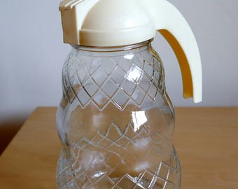 Large size Syrup or Sugar pourer by HygeneWare