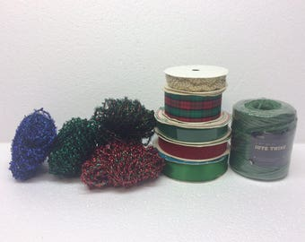 lot of Christmas Red Green Sparkle Velvet Ribbon Cord Gift Wrapping Wreath Making