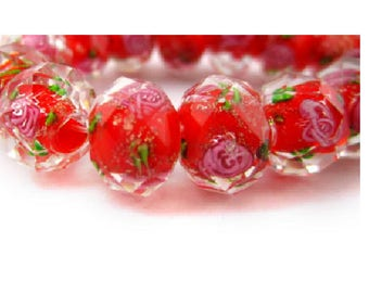 set of 2 beautiful 12 mm x 9 mm /roses red Lampwork beads