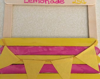 Lemonade stand invitations