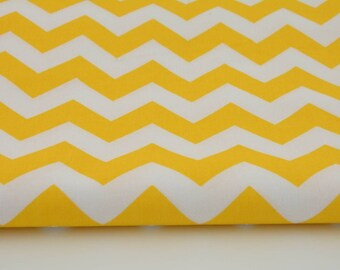 Fabric 100% cotton zig zag yellow / white a half metre 50 x 160 cm, 100% cotton printed accessories.