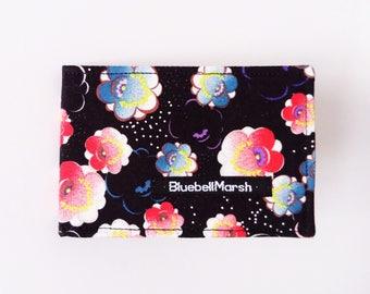 Oriental flower travel card holder