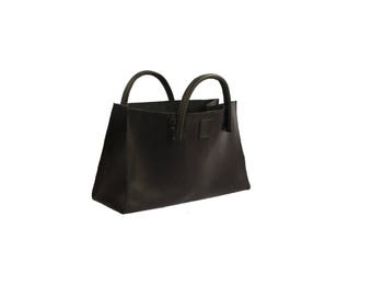 """Leather bag, small """"transporter"""", used look leather handmade"""
