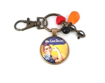 "Keyring ""we can do it"" Rosie the Riveter, feminist, glass cabochon, bronze, jewelry bag, Keychain for women, gift idea"