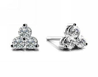 14k White Round Brilliant cut  Diamond Stud Earrings