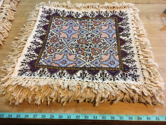 Square tablecloth, 16 inches floral table top, natural colours with tassels , paisley design , vintage Christmas , gift idea