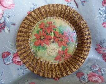 Vintage Pine Needle Poinsettia Bowl 1985