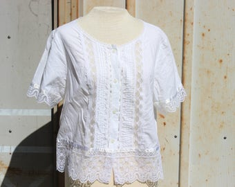 Vintage White Cotton and Lace Blouse - L