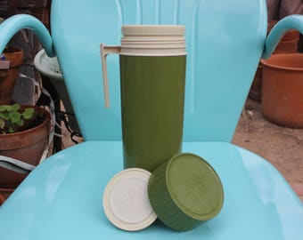 1960's 1970's Vintage Thermos by King Seeley # 7402 Avocado Green fits 1 Quart - Excellent Condition