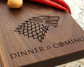 Game of Thrones Cutting Board, Dinner is Coming - Personalized Cheese Board - Engraved Cheese Plate, Housewarming, Birthday Gift W-029 GB