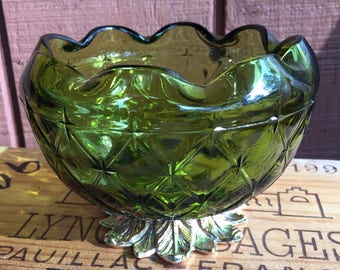 Vintage Green Indiana Glass Pineapple Bowl