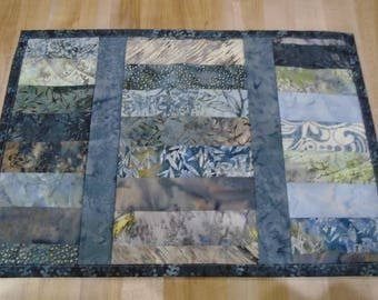 Placemats,Handmade Placemats,Set of 4 Placemats,Batik Placemats,Quilted Placemats,Blue Placemats,Gray Placemats,Gray Kitchen Placemats