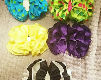 Wavy hairbows!!