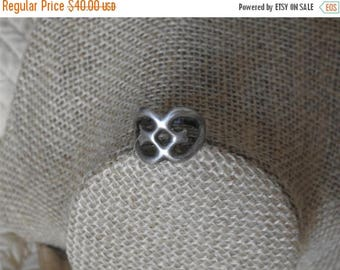 ON SALE stunning vintage old pawn sand cast sterling silver ring  size 7 3/4