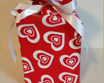 Fabric Tissue Box Cover, Kleenex Box Cover, Tissue Cozy, Handmade, Bedroom, Bathroom, Valentine's Day Gift, Valentine Decor, Holiday Display