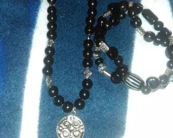 Midnight black necklace and bracelet set