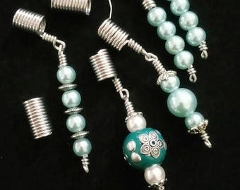 Pearl loc beads with matching earrings