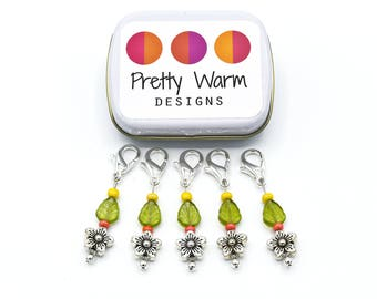 Crochet Stitch Markers - Progress Keepers - Locking Markers - Snag Free Stitch Markers - Beaded Stitch Holders - Stitchmarker - Zipper Pull