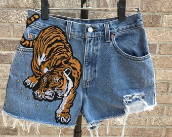 Distress High Waisted Denim Shorts with Tiger Patch (Size 7)