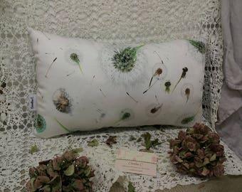 Chic nature pillow, John C.