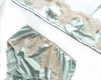 Vintage inspired lingerie set in mint color