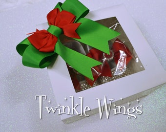 Gift Wrapping Service Available