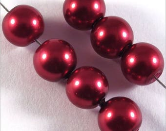 30 pearls 8mm Burgundy Red Bohemian glass