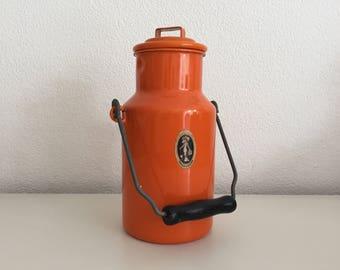 Vintage orange emaille milk can jug - vintage jug - plant holder - retro jug - vintage vase -  planter -  utensils holder melkkan