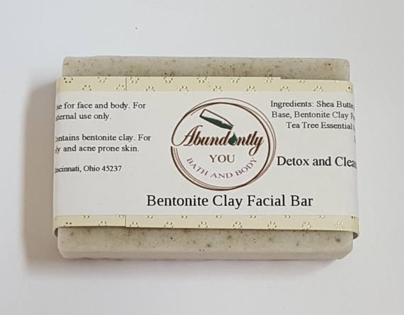 Bentonite Clay Facial Cleansing Soap Bar with Tea Tree Essential Oil