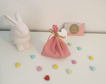 Small boxes or bags of candy pink and gold motif