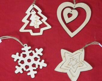 Christmas: set of 4 wood ornaments