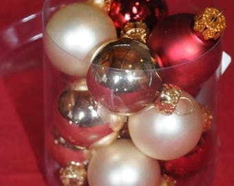 Christmas: red and gold glass balls Set