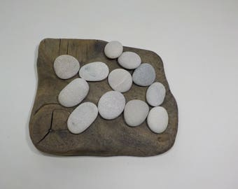 "12 Small Beach Pebbles 1.1-1.5""/2.9-4 cm Small Beach Stones - Beautiful Shaped Sea Stones - Decorative Beach Finds #32"