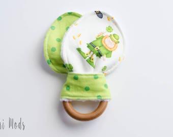 St Patricks Day Baby / Irish Baby / Irish Organic Wood Teething Ring / Teething Toddler / Easter Basket Filler / Ready to Ship / UK Seller