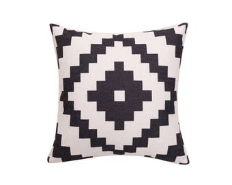 Aztec decorative pillow covers Tribal throw pillow covers Ethnic pillow case Geometric cushion case Navajo cushion cover home decor 18x18