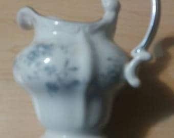 Johann Haviland Bavaria Germany Blue Garland  Creamer Milk Pitcher