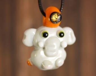 Elephant Necklace, Elephant Pendant, Elephant Jewelry, Elephant, Glass Elephant, Animal Necklace, Animal Jewelry, Elephant Glass, Pendant