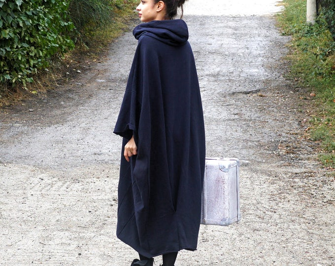 Featured listing image: Maxi Abaya Hooded Sweatshirt, Lagenlook Caftan Dress, Fall Fashion Outwear, Oversized Black Gown, Warm Quilted Cotton Hoodie