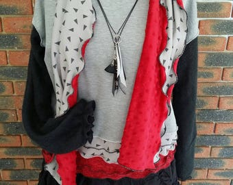 Set designer scarf, gray and red, women sweater pullover