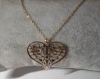 Colliet plated gold with heart